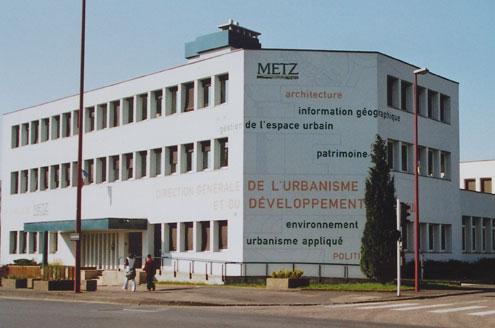Signalétique et polychromie du site des Services Municipaux de Metz